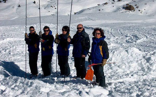 Curso de rescate en montaña en Cerler. Práctica de rescate en aludes