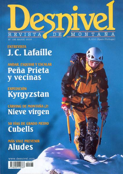 Portada de la Revista Desnivel nº196. Jean C. Lafaille concluye una escalada en Alpes. Foto: Phi...  (desnivel)