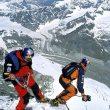 Salto al vacío desde el pico Hörnli del Cervino. Foto: Sportsandnews/Thomas Ulrich & Daniel... (desnivel)
