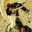 Inés Paupert probando los pasos del primer largo de Muchachito Bombo Infierno.Foto: Fabiano ...  (desnivel)