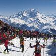 Miles de personas en la cumbre del Grand Mont  (Jocelyn Chavy)