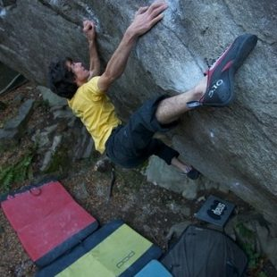 Paul Robinson en Dirt Grows the Flowers 8C  (Fred Moix)