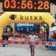 Kilian Jornet en la meta de la Maratón Alpina Zegama-Aizkorri  ()