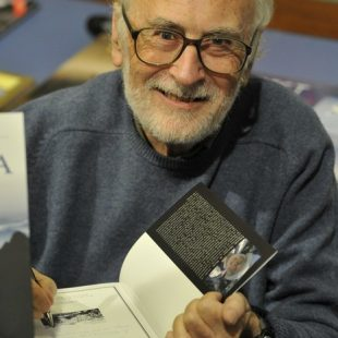 Eduardo Martínez Pisón en la Librería Desnivel.  (Darío Rodríguez. Desnivel.com)