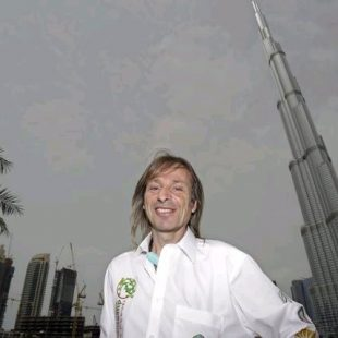 Alain Robert en Dubai  (Associated Press)