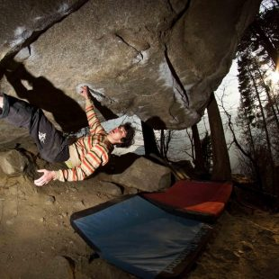 Paul Robinson en The story of two worlds 8c Fb  (Col. P. Robinson)