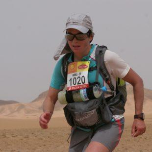 Mónica Aguilera en el Marathon des Sables 2010  (Covadonga Cue)