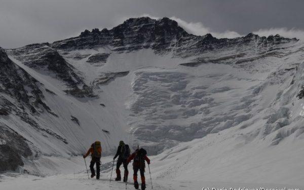 Alpinistas en el Valle del Silencio