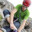 James Pearson preparándose para escalar  ()