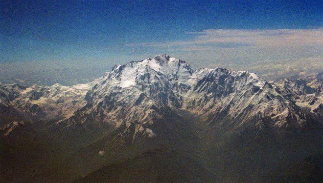 Vertiente Diamir del Nanga Parbat con la ruta Kinshofer y la variante (a nuestra izquierda).  (http://www.thenorthfacejournal.com)