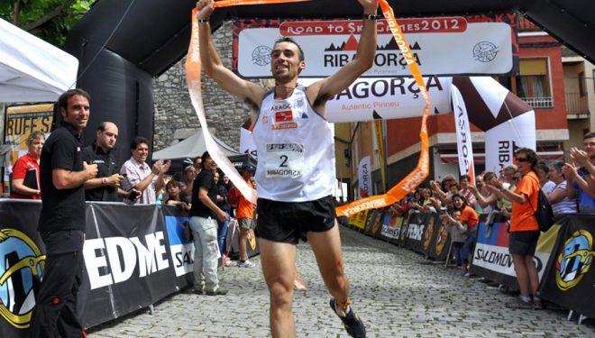 Luis Alberto Hernando cruza la meta como Campeón de España. Ribagorza Románica 2011.  (Jordi Canyameres/Ocisport)