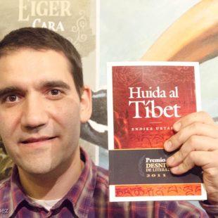 Presentación Premio Desnivel 2011-Huida al Tíbet.Endika Urtaran.  (©Darío Rodríguez/Desnivel.com)