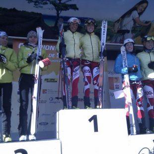 Mireia Miró y Gemma Arró en el podio del Campeonato de Europa de esquí de montaña en Pelvoux. 2012.  (Suunto)