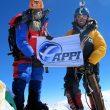 Sano Babu y Lakpa Tsheri en la cima del Everest  (Babu/Tsheri)