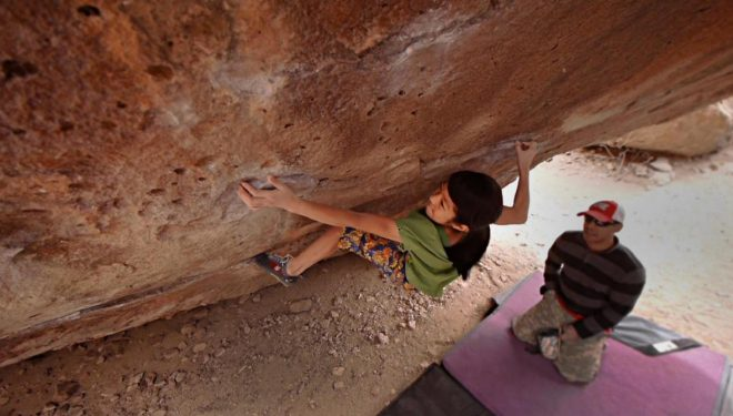 Ashima Shiraishi en Crown of Aragorn 8B (Hueco Tanks)  (Col. A. Shiraishi)
