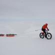 Juan Menéndez Granados en bici intentando atravesar Groenlandia  (Juan Menéndez Granados ©)