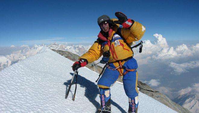 Óscar Cadiach en la cumbre del Dhaulagiri  (Miguel Ángel Pérez)
