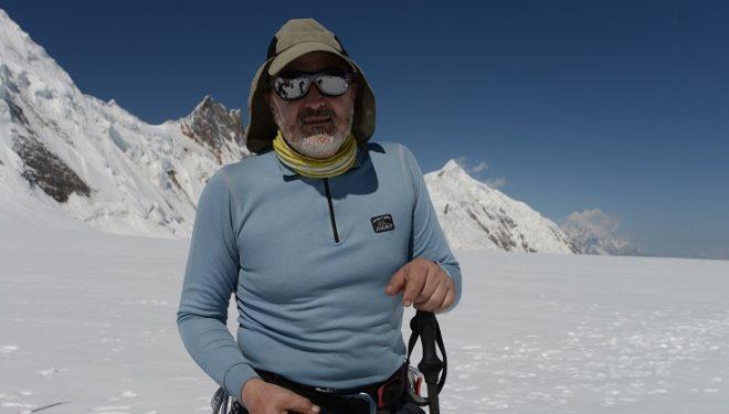 Sebastián Álvaro en el collado Hispar La (Karakorum