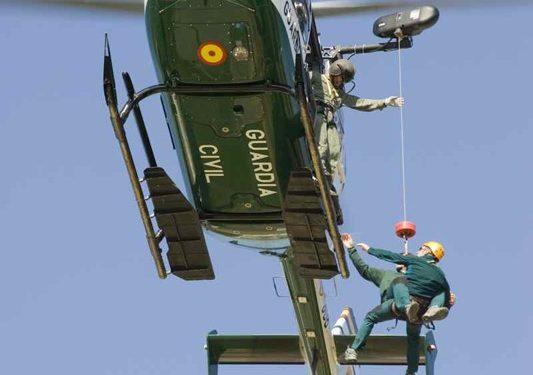 Prácticas de rescate de la Guardia Civil.  (Fernando Rivero)