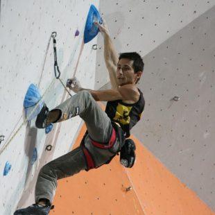 Ramon Julián en la fase clasificatoria del Campeonato del Mundo de Escalada 2012 de París Bercy  (Toni Roy)