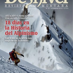 Portada de la revista Desnivel nº 317. Escalando el Nanga Parbat por la cresta Mazeno. ()