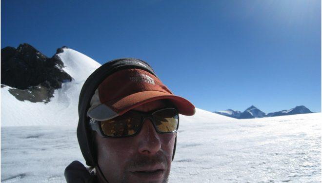 Andrés Zegers durante la travesía del cordón Plomo-Paloma (Andes chilenos)  (Andrés Zegers)