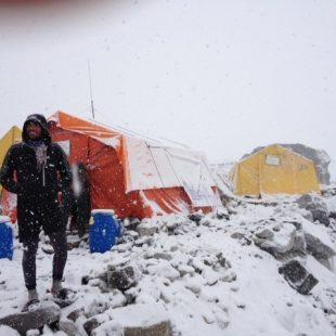 Álex Txikon durante la expedición al Nuptse 2013  (Col. Á. Txikon)