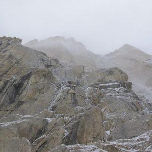 Malas condiciones en la pared sur del Paiju Peak (6.610 m.)