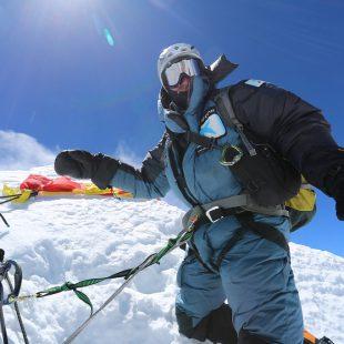 Ferran Latorre en la cima del Lhotse  (Col. F. Latorre)