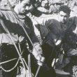 Los escaladores Alberto Rabadá y Ernesto Navarro preparando la primera al Espolón del Fire (Mallos de Riglos)
