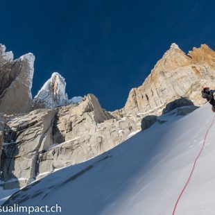 Ascensión invernal a la Ragni route del Cerro Torre (julio 2013)  (Dani Arnold / Visualimpact.ch)