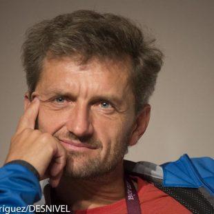 El alpinista austriaco Christian Stangl participó en la mesa redonda sobre La montaña en la portada de los medios de comunicación