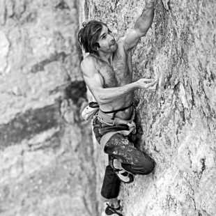 Chris Sharma en La dura dura 9b+