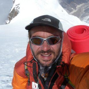 Xavi Arias en su ataque a la cima del Manaslu en 2011 (Col. X. Arias)