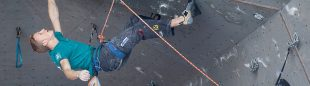 Jakob Schubert en la Copa del Mundo de Puurs 2013  (Austria Climbing Federation – OeWK / Elias Holzknecht)