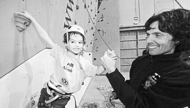 David Maciá con su hijo Lau en una imagen de archivo de cuando este tenía 6 años.