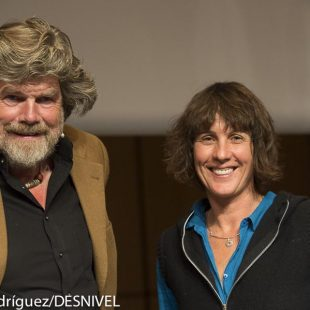 Reinhold Mesner y Catherine Destivelle. International Mountain Summit 2013.  ()