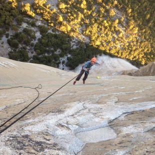 Chris Sharma trabaja en el proyecto Dawn Wall del Capitan (Yosemite) (Kevin Jorgeson)