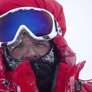 Simone Moro en el Nanga Parbat invernal