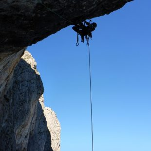 Apertura de Love climbing A3/6a de Peña Roc  (Col. D. Palmada)