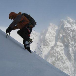 Dodo Kopold durante su travesía integral non stop de los Montes Tatras en solitario invernal  (Igor Pap)