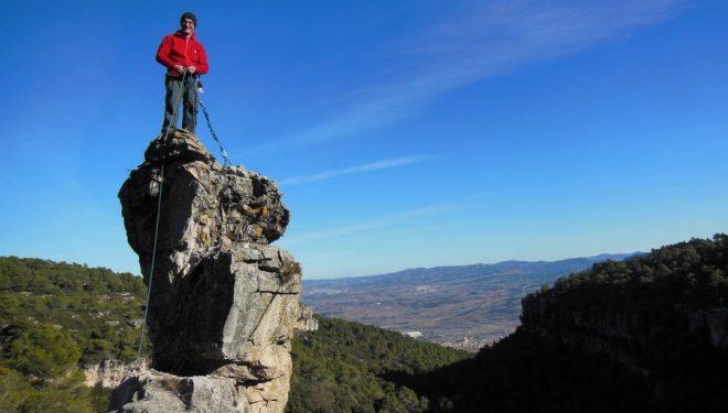 Agulla del Cinquanteri. Roquer del Penitent en Montblanc  ()