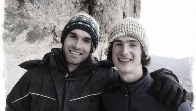 Chris Sharma y Adam Ondra en Oliana al día siguiente de que Adam realizara la primera ascensión de La dura dura (9b+). Imagen en Iphone e Instagram.  ()