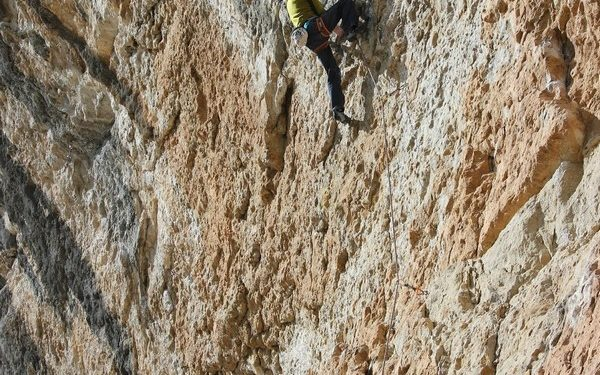 Ramon Julián en Power inverter 9a+ de Oliana  (M. Alba)