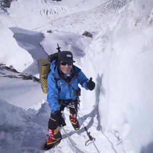 Carlos Soria en el Kangchenjunga durante la fase de aclimatación. ()