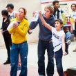James Pearson explicando un bloque en Els Bous de la Salle 2014  ()