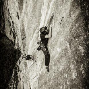 Alex Megos en la liberación de Fly (600 m