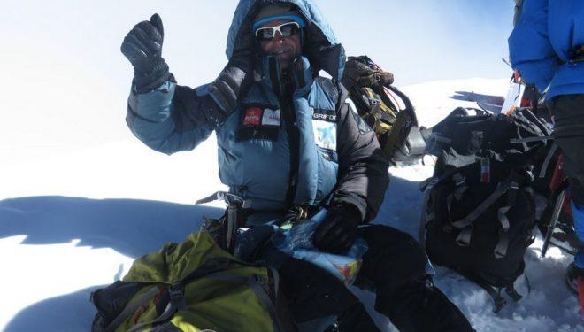 Ferran Latorre en la cima del K2 (2014)  (Ferran Latorre)