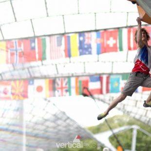 Adam Ondra en el Campeonato Mundo Bulder 2014 celebrado en Munich que ganaría proclamándose Campeón del Mundo 2014  (© IFSC Bouldering World Championships Munich)