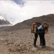 Carlos Soria de regreso al campo base del Shisha Pangma  ()